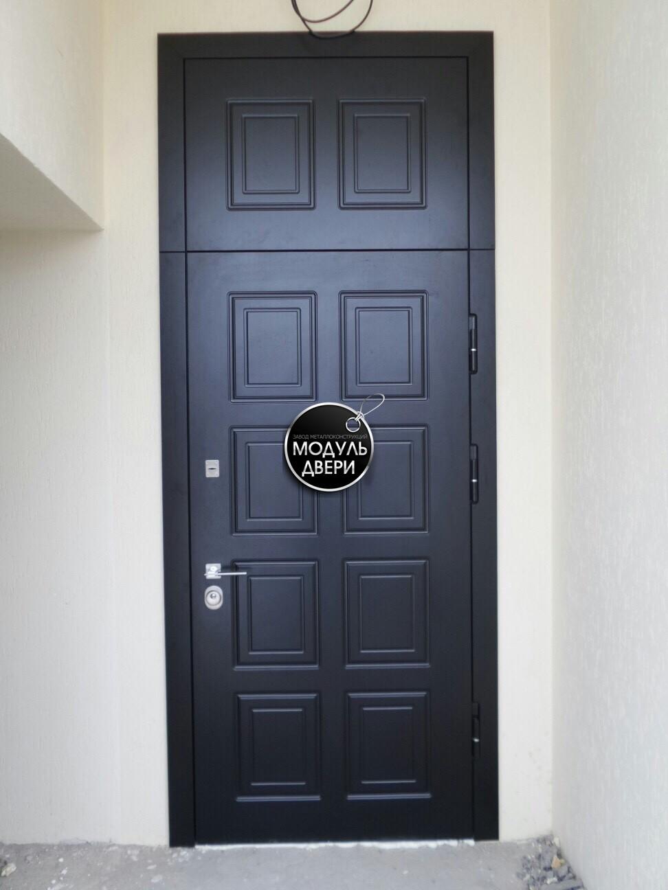 прайс на установку железной двери на площадке лестничной