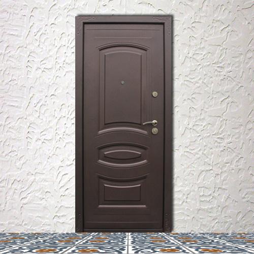 входная белая дверь эконом класс